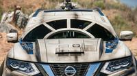 Nissan Rogue upravený ve stylu Millennium Falcon