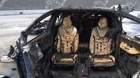 Snímky požárem poškozené Tesly Model X