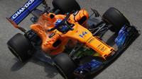 Fernando Alonso s Flow-visem v tréninku ve Španělsku