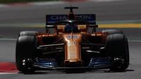 Fernando Alonso v závodě ve Španělsku