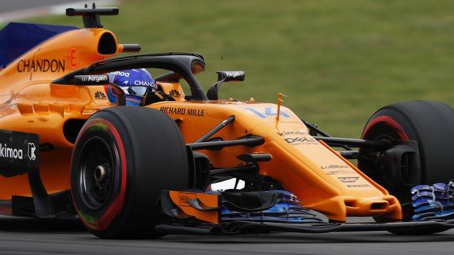 Fernando Alonso s vylepšeným McLarenem ve Španělsku
