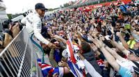 Lewis Hamilton po závodě ve Španělsku