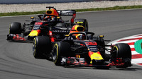 Na závodní dráze panuje mezi Maxem Verstappenem a Danielem Ricciardem velké soupeření