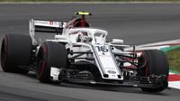 Charles Leclerc v kvalifikaci ve Španělsku