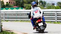 Pierre Gasly po nehodě v závodě ve Španělsku