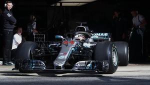 Hamilton odpoledne nejrychlejší, Bottas skončil předčasně. Red Bully ztrácejí 0,7 sekundy - anotační obrázek