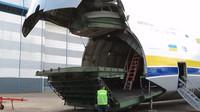 Antonov An-124 je největší sériově vyráběné transportní letadlo na světě
