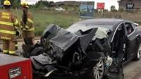 Elektromobil Tesla Model S s aktivovaným Autopilotem narazil do hasičské cisterny při rychlosti přes 90 km/h