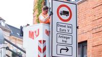 Zákaz dieselů v centru města? Nové značky už visí na svých místech - anotační foto