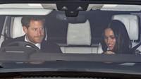 Princ Harry a Meghan Markle za volantem Land Roveru Discovery