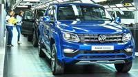 Nejvýkonnější Volkswagen Amarok? Pick-upy s novým motorem už sjíždí z pásu, známe jejich ceny - anotační foto