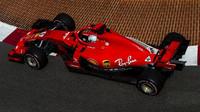 Ferrari v Monaku použilo nové zadní zavěšení - anotační foto