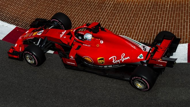 Ferrari v Monaku použilo nové zadní zavěšení - anotační obrázek