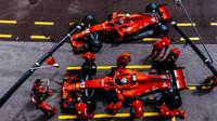 Kimi Räikkönen a Sebastian Vettel počas tréninku v boxech v Monaku