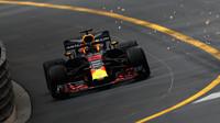 Daniel Ricciardo s Red Bullem v Monaku