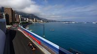 Daniel Ricciardo v tréninku v Monaku
