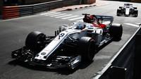 Marcus Ericsson v tréninku v Monaku