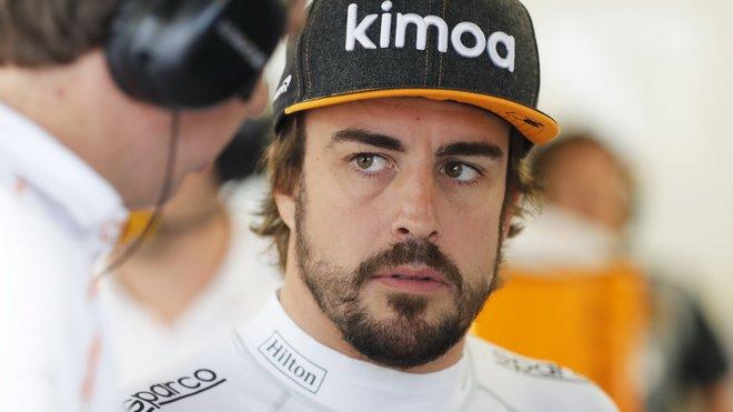 Fernando Alonso zkouší různé výzvy