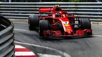 Kimi Räikkönen počas závodu v Monaku