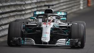 Mercedesy odpoledne v přístavu dominují, Ferrari zaostává o parník. Překvapil nováček Albon - anotační obrázek