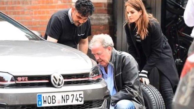 Jeremy Clarkson se pro jednou objevil v roli zručného zachránce