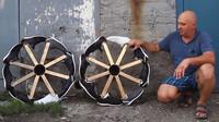 Tenisky místo pneumatik? Netradiční experiment přinesl očekávatelné výsledky