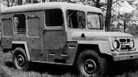 Škoda 973 R s radiostanicí