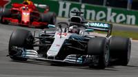 Lewis Hamilton po Velké ceně Kanady moc důvodů k radosti neměl