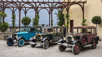 Jedinečné historické Peugeoty  si podmanily české diváky