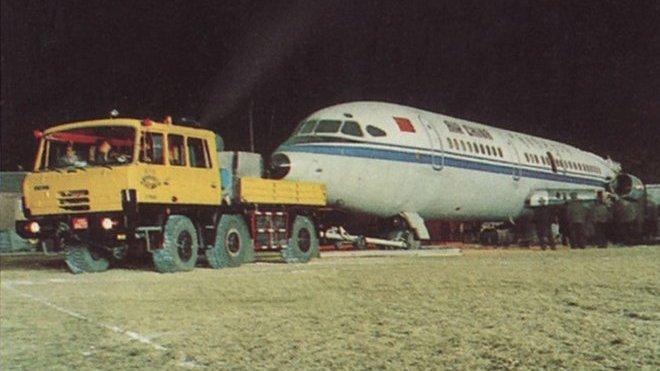 Tatra 815 a Hawker Siddeley Trident společnosti Air China