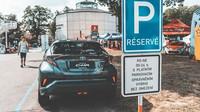 Parkování v Praze zdarma? Jde to, ale záleží na volbě automobilu - anotační foto