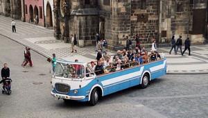 Československý autobus kabriolet? S vyhlídkovým RTO jsme zase předběhli dobu - anotační obrázek