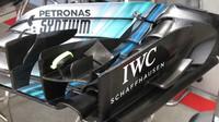 Přední křídlo Mercedesu