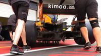 McLaren MCL33 míří ke kontrole