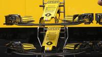 Detail předního křídla vozu Renault v Rakousku