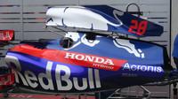 Detail bočnice vozu Toro Rosso v Rakousku
