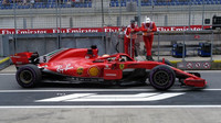 Sebastian Vettel v 1. tréninku