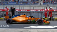 Fernando Alonso v 1. tréninku