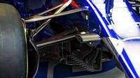Detail vozu Toro Rosso v 1.tréninku v Rakousku