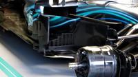 Detail vozu Mercedes v 1.tréninku v Rakousku