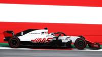 Romain Grosjean v kvalifikaci v Rakousku
