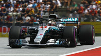 Lewis Hamilton v kvalifikaci v Rakousku