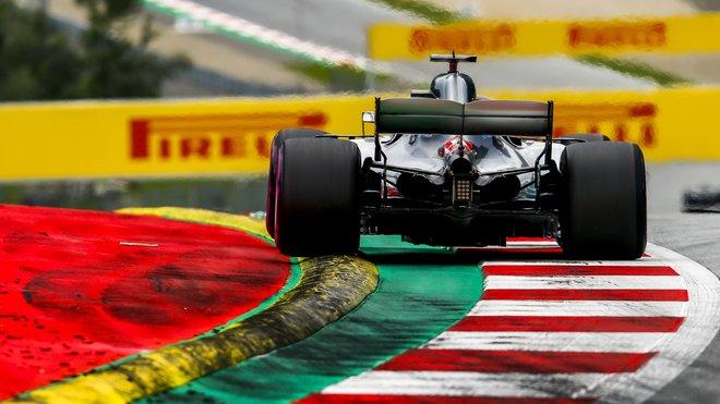 Lewis Hamilton prožil na Red Bull Ringu jeden z nejhorších závodů své kariéry
