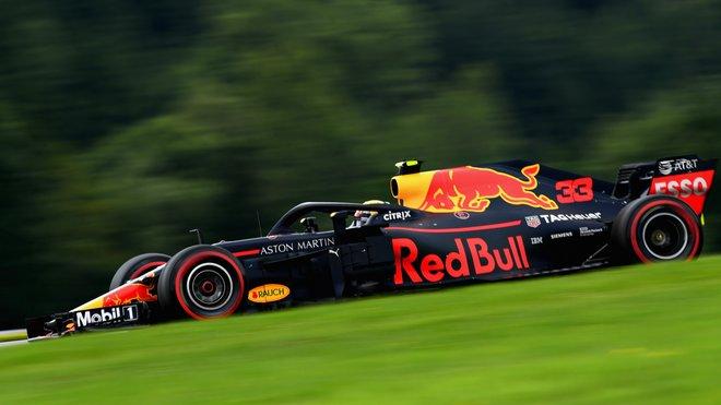 Max Verstappen s Red Bullem RB14 v kvalifikaci na Velkou cenu Rakouska
