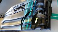 Přední křídlo Mercedesu W09