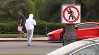 Justin Bieber přidal do své sbírky novou hračku - červené Lamborghini Aventador S