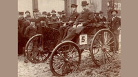 Automobil Duryea na startu závodu Chicago Times-Herald, 28. listopadu 1895