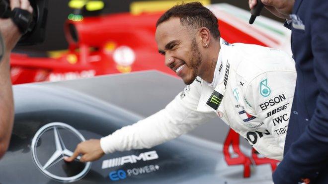 Lewis Hamilton může ještě ztratit úsměv po úspěšné Grand Prix Německa