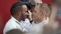 Lewis Hamilton a Valtteri Bottas měli po kvalifikaci důvod k radosti (ilustrační foto)