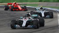 Valtteri Bottas na Hockenheimu za Lewisem Hamiltonem